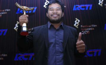 Laporan dari Makassar: Gagal Mewawancarai Ifa Isfansyah